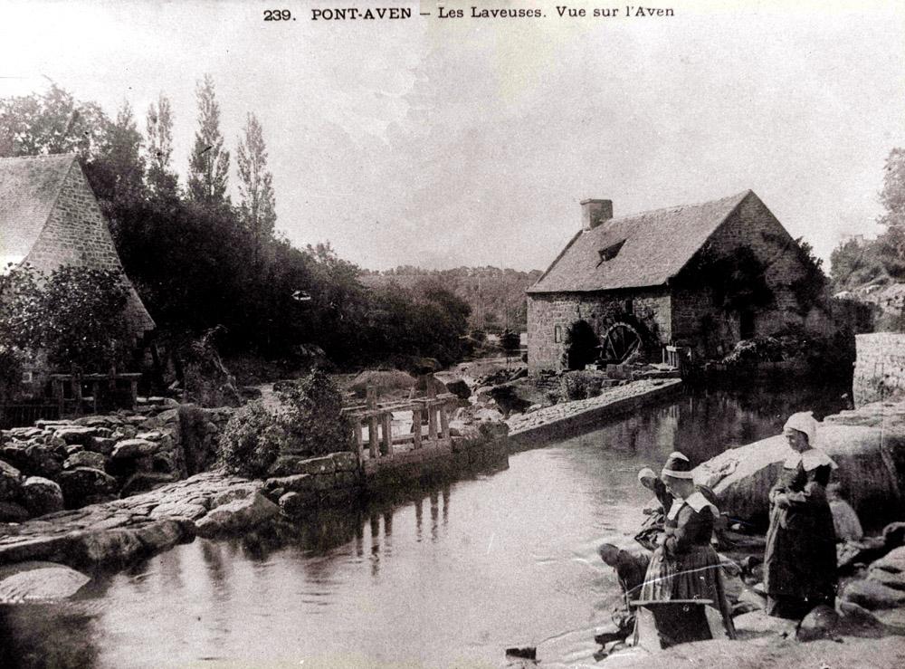 Roue de moulin à aubes Les-laveuses-moulin1